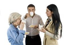 Bedrijfs mensen bij koffiepauze Royalty-vrije Stock Afbeeldingen