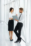 Bedrijfs Mensen die samenwerken Commercieel Team Stock Afbeelding