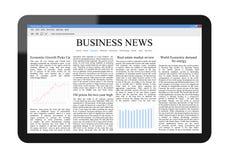 Bedrijfs Nieuws op PC van de Tablet Stock Foto's