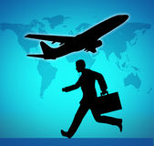 Bedrijfs reis die een vluchtsymbool vangt Stock Fotografie