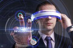 Bedrijfs, Technologie, van Internet en van het netwerk concept Jonge busine Royalty-vrije Stock Afbeeldingen