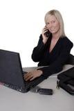Bedrijfs vrouw bezig op het werk Royalty-vrije Stock Foto