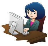 Bedrijfs vrouw die computer met behulp van Stock Afbeeldingen