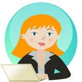 Bedrijfs vrouw die met laptop werkt Stock Afbeeldingen