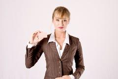 Bedrijfs vrouw met businesscard Royalty-vrije Stock Fotografie
