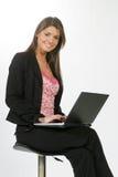 Bedrijfs vrouw met een computer royalty-vrije stock foto's