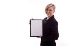 Bedrijfs vrouw met een ongeschreven blocnote Stock Foto's