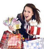 Bedrijfs vrouw met geld, giftdoos andbag. Stock Foto's