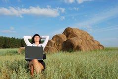 Bedrijfs Vrouw Openlucht Royalty-vrije Stock Foto