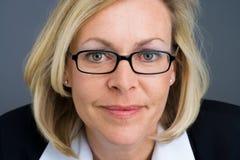 Bedrijfs vrouwen dichte omhooggaand royalty-vrije stock afbeelding