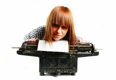 Bedrijfs vrouwenportret in bureau Stock Afbeelding