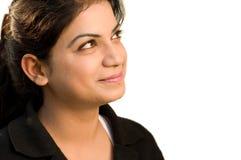 Bedrijfs vrouwenportret dat over een witte rug wordt geïsoleerd. Stock Afbeelding