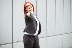 Bedrijfsconcept succes en onderhandeling Vrouwenwerkgever, in kostuum stock foto's