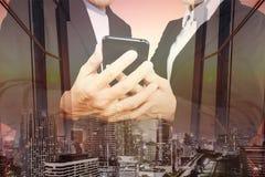 Bedrijfsconcepten veelvoudige blootstelling met grafisch royalty-vrije stock foto's