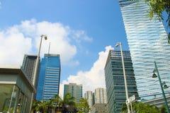 Bedrijfsdistrict in blauw hemelbgc Fort Bonifacio Taguig, Filippijnen Stock Afbeeldingen