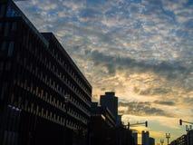 Bedrijfsgebouwen bij zonsopgang in Frankfurt, Duitsland Royalty-vrije Stock Fotografie