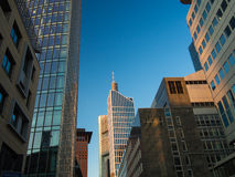 Bedrijfsgebouwen in het financiële district van Frankfurt Stock Foto