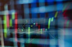 Bedrijfsgrafiekgrafiek van effectenbeursinvestering die op digitale vertoning handel drijven stock afbeelding