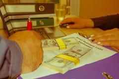 Bedrijfsleningen slecht krediet geen zakelijk onderpand Bedrijfsleningenopstarten royalty-vrije stock foto's
