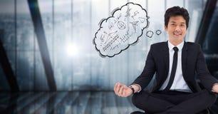 Bedrijfsmens die tegen blauw venster met gedachte wolk mediteren die wiskundekrabbels tonen Stock Fotografie