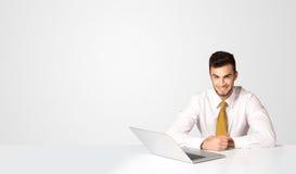 Bedrijfsmens met witte achtergrond Stock Fotografie