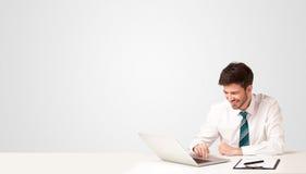 Bedrijfsmens met witte achtergrond Stock Foto's