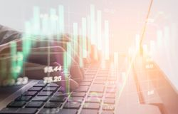 Bedrijfsmens op digitale backgro van de effectenbeurs financiële indicator Royalty-vrije Stock Afbeelding