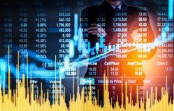 Bedrijfsmens op digitale effectenbeurs financiële achtergrond cijfer Royalty-vrije Stock Foto