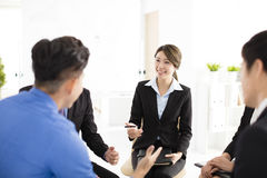Bedrijfsmensen Collectieve Communicatie Vergadering in bureau Stock Foto