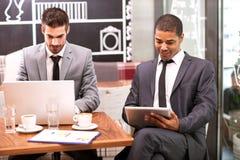 Bedrijfsmensen die Bespreking ontmoeten Royalty-vrije Stock Fotografie