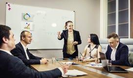Bedrijfsmensen die het Collectieve Concept van de Conferentiebespreking ontmoeten, Royalty-vrije Stock Afbeeldingen