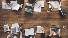 Bedrijfsmensen die het Doel Economisch Concept ontmoeten van het de Groeisucces Stock Afbeeldingen