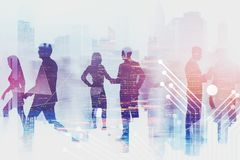 Bedrijfsmensen in stad, technologieconcept royalty-vrije stock fotografie