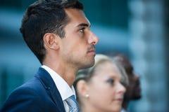 Bedrijfsmensen in stedelijke zaken disctrict Royalty-vrije Stock Foto's