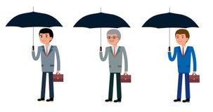 Bedrijfsmensen van verschillende leeftijden, jonge, op middelbare leeftijd en bejaarde holdingsparaplu's tegen regen royalty-vrije illustratie
