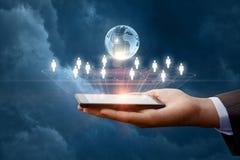Bedrijfsnetwerk in mobiele apparaten royalty-vrije stock foto's