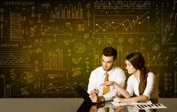 Bedrijfspaar met diagramachtergrond Stock Afbeelding