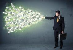Bedrijfspersoon die heel wat concept van dollarrekeningen werpen Stock Afbeelding