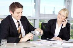 Bedrijfssituatie in Bureau Stock Fotografie