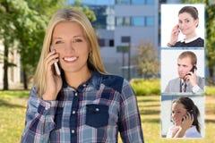 Bedrijfsvennootschapconcept - mooie vrouw die telefonisch roepen Stock Foto