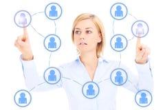Bedrijfsvrouw en sociaal netwerk stock afbeeldingen