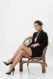 Bedrijfsvrouw met een tablet stock foto