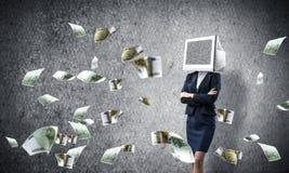 Bedrijfsvrouw met monitor in plaats van hoofd Stock Foto