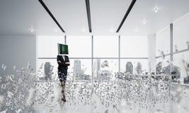 Bedrijfsvrouw met monitor in plaats van hoofd Stock Afbeelding