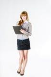 Bedrijfsvrouw met omslag Royalty-vrije Stock Foto's