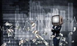 Bedrijfsvrouw met oude TV in plaats van hoofd Royalty-vrije Stock Afbeelding