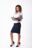 Bedrijfsvrouw in studio Stock Foto's
