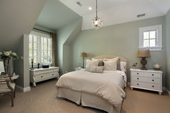 Bedroom in luxury home Royalty Free Stock Photos