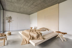 Free Bedroom With Wooden Ceiling Royalty Free Stock Image - 83551356