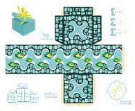 Bedruckbare Geschenkbox mit Mosaik-Muster und Fischen Lizenzfreie Stockfotos